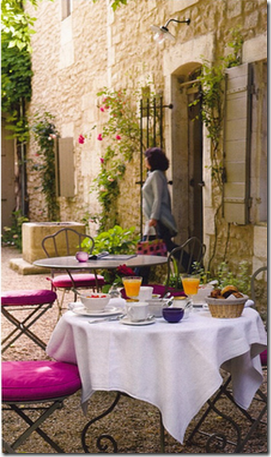 british homes and gardens aug 2009 french bistro tables