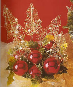 Decoraci n navide a moderna silueta trabajada en alambre for Decoracion navidena moderna