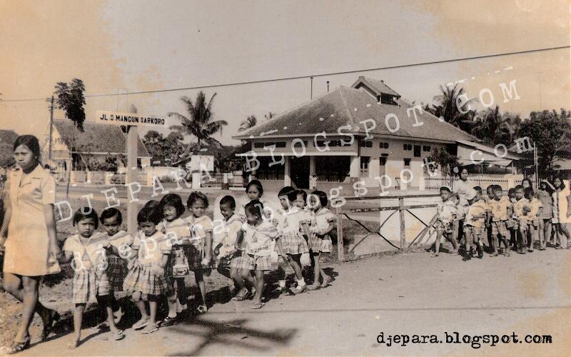 Jl. Mangunsarkoro