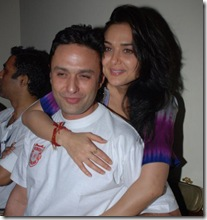 Preity_Hugs_and_kisses_07
