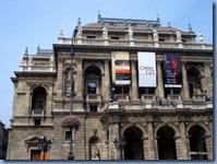 Teatro Nacional de Ópera - é uma das mais imponentes casas de ópera dos dias atuais