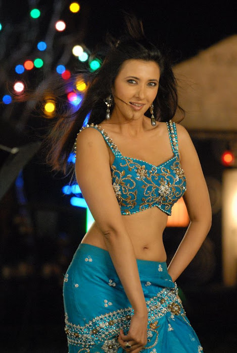 sakshi movie actress pics