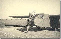 CG4A_WWII_glider_hook_up_5