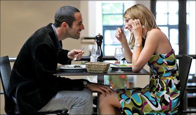 20代女性に聞く「これはナシ!だと思うデート先」ランキング「ギャンブル場」「牛丼屋」「ゲーセン」他
