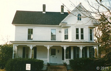 2003 house front (2)