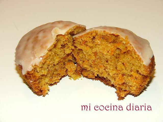 Magdalenas de zanahoria y almendras (Морковные кексы с миндалем)