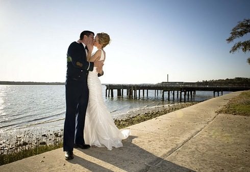 savannah beach couple