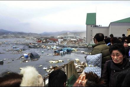 japan-tsunami4