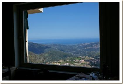 03 - Dalla finestra
