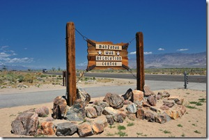 Entrance to Manzanar War Relocation Centerhttp://maps.google.com/maps?q=36.72634833,-118.14453000&spn=0.001,0.001&t=k&hl=en