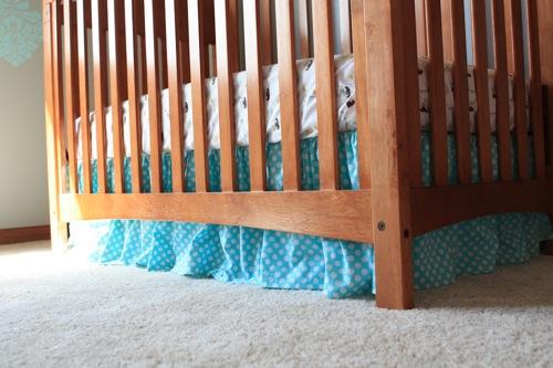 Crib skirt 1