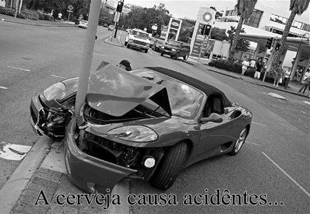 Batida de carro.