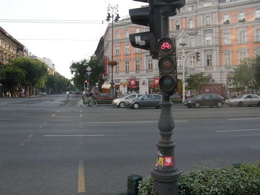 Budapest, Critical Mass, Oktogon, VI. kerület, Terézváros,  bicikliút, bringafetisizmus