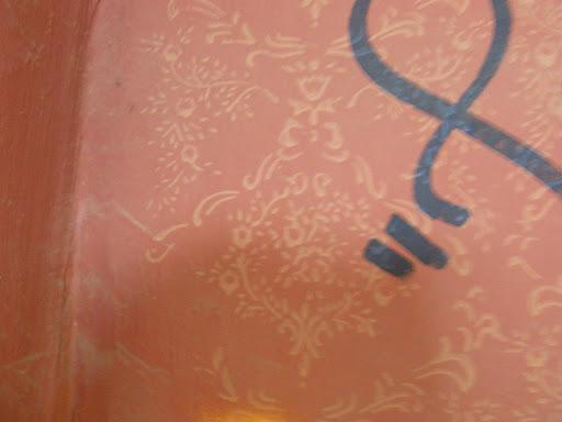 kanna, blog, Budapest, fotók, graffiti, képek, nagybani piac, Nagyvásártelep, photos for sale, photostock, stockphoto, fényképek, tegs, teg, tegek, falfirka, vandalizmus, tegelés, tegelők, Hungary, magyar, Magyarország, műemlék, paint, iparcsarnok, ipar, dark, art, bomba