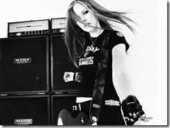 avril-lavigne-1024x768-4692 LinkinSoldiers