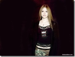 avril-lavigne-1024x768-4689 LinkinSoldiers