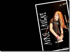 avril-lavigne-1024x768-679 LinkinSoldiers