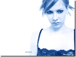 avril-lavigne-1024x768-680 LinkinSoldiers