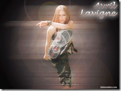 avril-lavigne-1024x768-3880 LinkinSoldiers