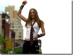 avril-lavigne-1024x768-17172 LinkinSoldiers