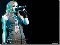 avril-lavigne-1280x960-2515 LinkinSoldiers