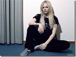 avril-lavigne-1600x1200-19716 LinkinSoldiers