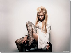 avril-lavigne-1600x1200-26373 LinkinSoldiers