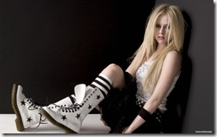avril-lavigne-1920x1200-26580 LinkinSoldiers