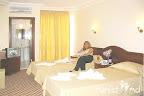 Фото 8 Batu Hotel