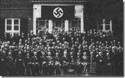 teologos protestantes em frente do instituo