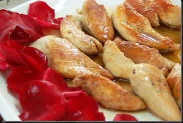 pollo-lindo-con-rosas1-foto-anabelle-perez1