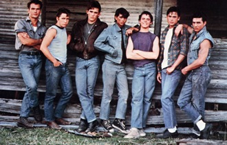 The-cast-of-The-Outsiders-015