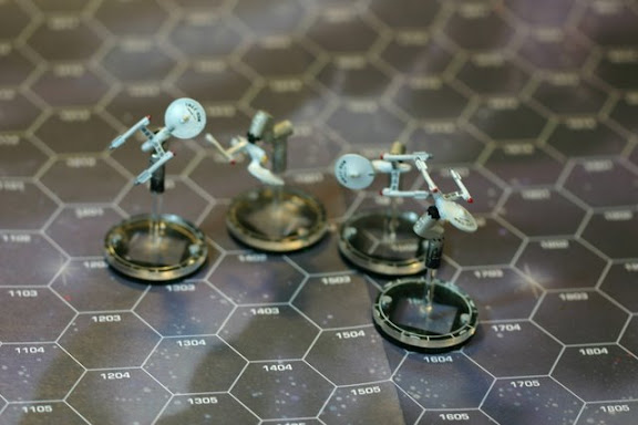 Miniatures PhotonCutter bases Ad Astra