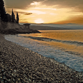 Opatija Sunrise by Borna Cuk - Landscapes Sunsets & Sunrises ( opatija, croatia, sea, beach, sunrise, , landscape )