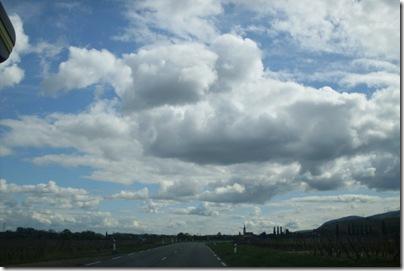 il cielo dopo un temporale lungo la Route des vins alsaziana