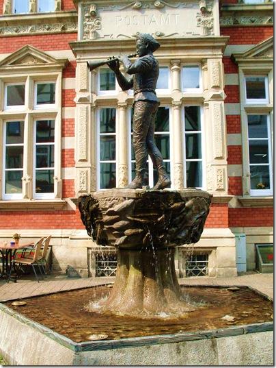 Statua del pifferaio ad Hameln