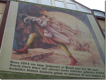 Pifferaio dipinto su una parete ad Hameln