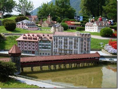 Ponte di legno di Lucerna allo Swissminiatur
