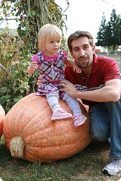 Daisy Month 19_pumpkinpatching 009