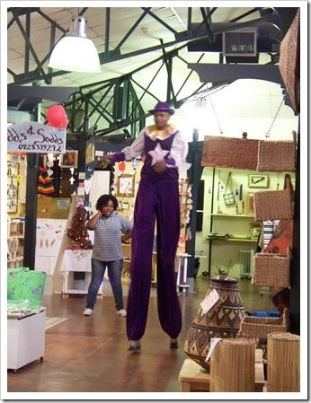12-05-2009 064 souvenir shops