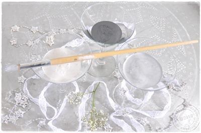 decoratieve-verftechnieken-glaasjes-metallicverf-kwast2