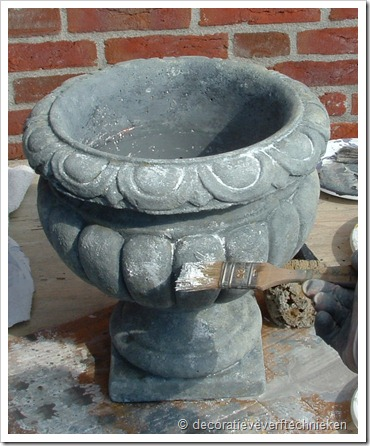 decoratieve_verftechnieken_pot_betonlook
