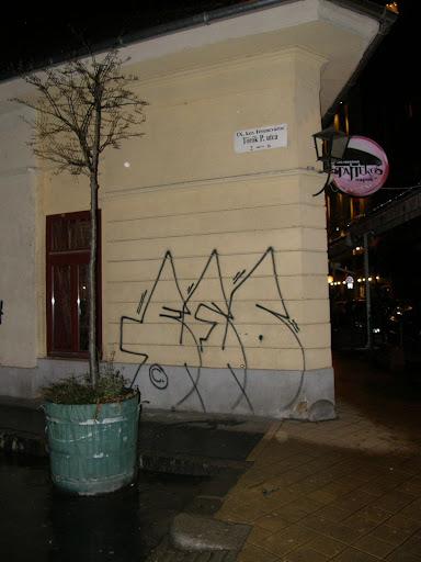 Budapest, ESK, teg, street art, falfirka,   Ferencváros,  blog, Ráday utca, étterem, kocsma, Tajtékos Napok, Boris Vian, restaurant, 9. kerület, IX. kerület