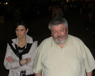 V. kerület,  Belváros, 5. kerület,  Fidesz, Budapest,  Vörösmarty tér,  2010. április 25, második forduló,  képek,  fotók. pictures,  fotók,  buli,  Szőcs Géza, költő