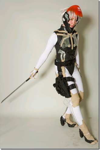 metal gear solid 4 - guns of the patriots cosplay - raiden