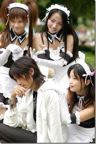 he is my master cosplay - nakabayashi yoshitaka, sawatari izumi, sawatari mitsuki, and kurauchi anna