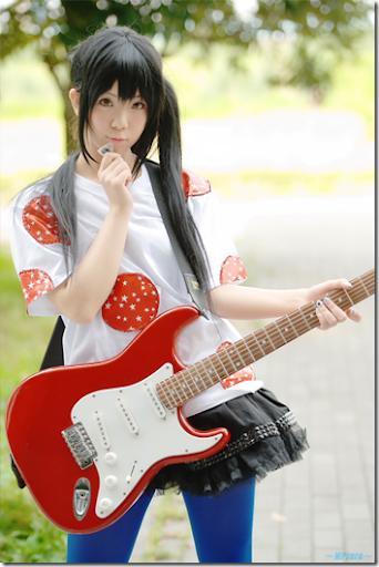 k-on! cosplay - nakano azusa 03