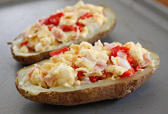 Western Omelet Breakfast Potato Skins | Skinnytaste