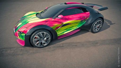 http://lh3.ggpht.com/_BkOsthGKM3U/TLcnOGfbOtI/AAAAAAAAAmA/dR5mEFL-h6g/Citroen-Survolt-Art-Car-by-Francoise-Nielly-2.jpg