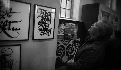 http://lh3.ggpht.com/_BkOsthGKM3U/TNUE-0mWx5I/AAAAAAAAA1Q/O2A4ve80Gto/calligraffiti.jpg